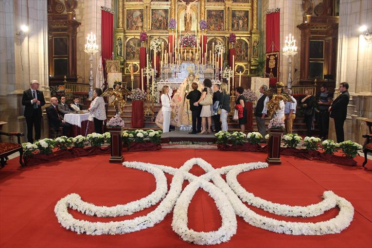 Fiestas Aracelitanas Besamanos de la Virgen de Araceli