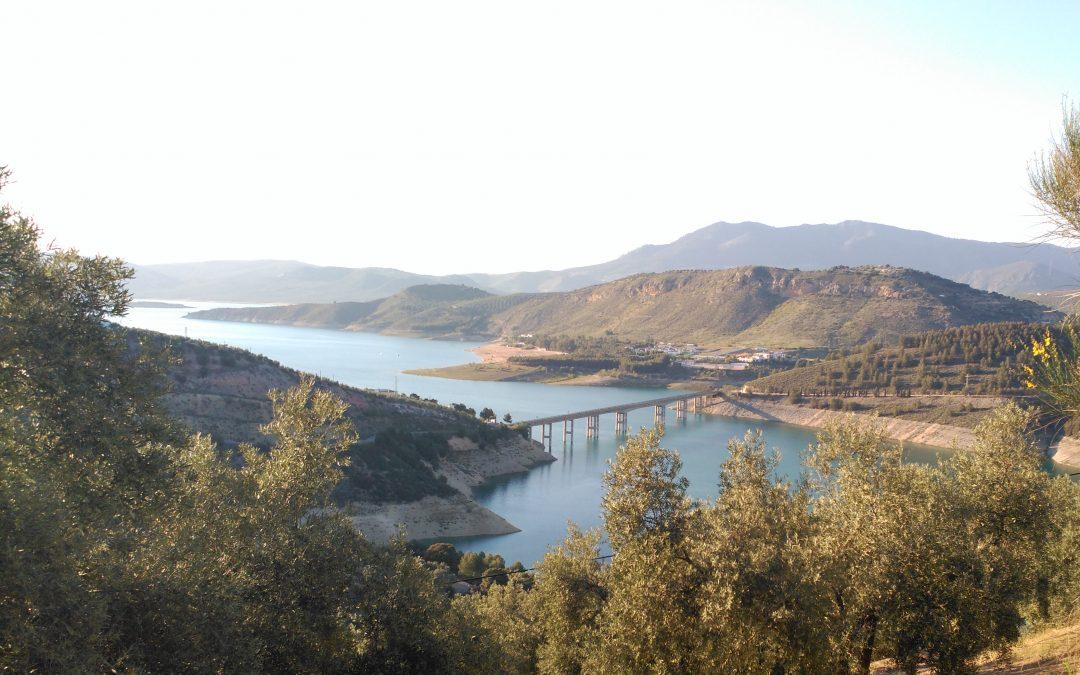 Descubre el Embalse de Iznájar, Lago de Andalucía