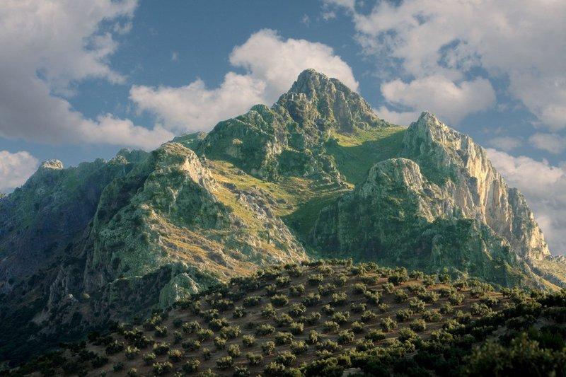 Ruta hacia el techo de la Subbética: subida al Pico de la Tiñosa